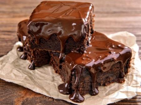 Шоколадов сос за десерти, сладоледи и сладкиши - липсва снимката - снимка на рецептата
